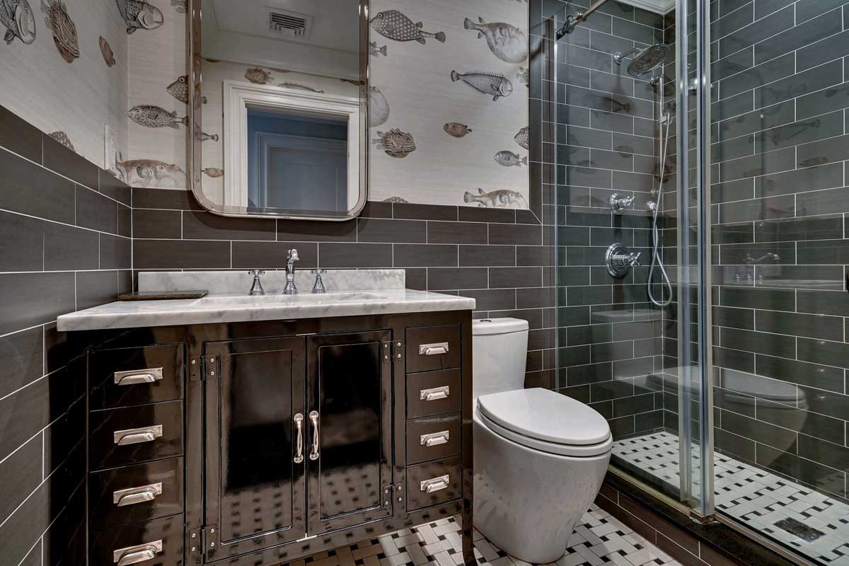 Tribeca bathroom renovation by Sguera Architecture PLLC, Leo Sguera architect Manhattan.